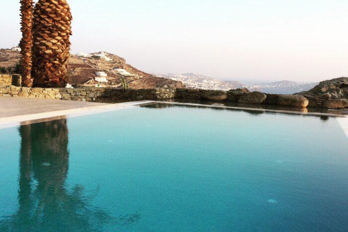 vesperjewel-pool